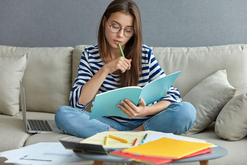 5-consejos-para-que-puedas-estudiar-en-verano-academia-goma